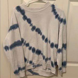 American Eagle Blue and White Sweater